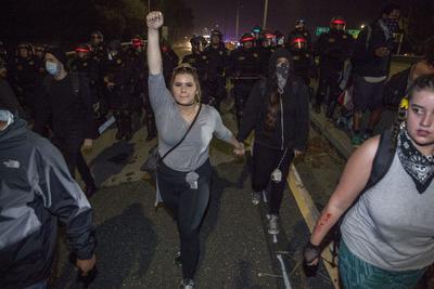 Las protestas han sido resguardadas para evitar actos violentos.