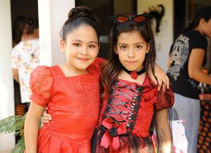 Sandra y Luciana