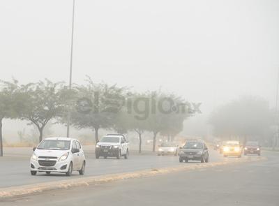 Protección Civil pidió  guardar la distancia y moderar la velocidad para evitar así algún accidente.