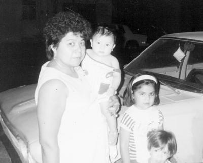 13112016 Celia Tea, Paula Jaramillo, Lupita y Juanito.