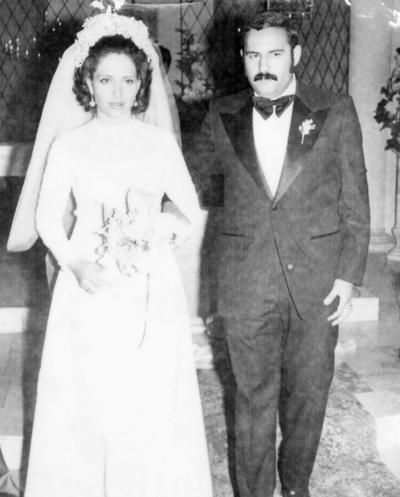 13112016 Silvia Casas de Reyes y Jesús Reyes García en 1973.