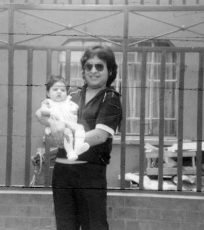 13112016 Jaime Montoya y su hija, Nancy, en la Ciudad de México en 1978.