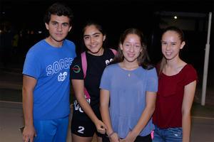 14112016 COMPAñEROS.  Carlos, Caro, Sara e Isabel.