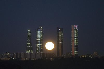 España. Entre las 4 torres de negocios de Madrid.