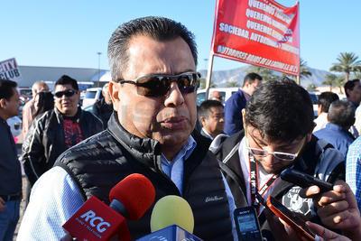 Los inconformes atendidos por el secretario del Ayuntamiento, Jorge Luis Morán Delgado, quien les garantizó que no enfrentan riesgos y se les proporcionará toda la información que necesitan, aunque les recordó que ya ha habido varias reuniones.
