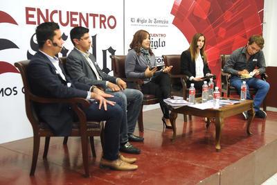 Cuatro panelistas participaron en este segundo encuentro.