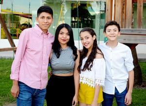 22112016 Juan Pablo, Cristina, Andrea y Diego.