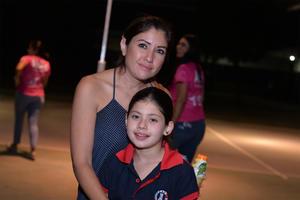 22112016 CONTENTAS.  Laura y Ana Laura.