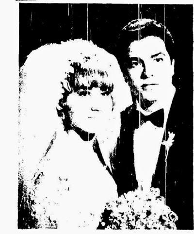 20112016 Irma Ramos Rubio y Miguel Cáceres Villa se casaron el 21 de noviembre de 1970.