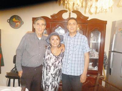24112016 Familia Quiñones.