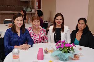 24112016 Martha, Rosa, Lorena, Mónica y Claudia.