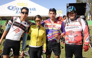 25112016 David Morales, Nancy García, Gerardo y Ricardo Hernández.