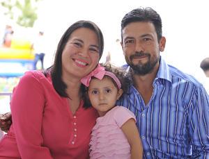 Azucena, Natalia y Guillermo