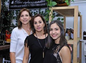 Karla, Pilar y Dany