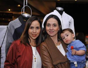 Mary Carmen, Alejandra y Bernardo