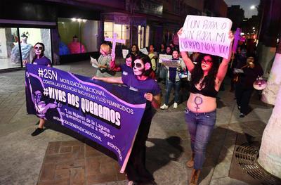 Las mujeres marcharon en el marco del Día Internacional de la Eliminación de la Violencia contra las Mujeres.