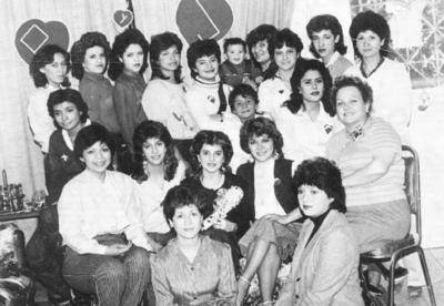 27112016 Despedida de soltera en honor a Patricia Rosales Valdés en 1983.