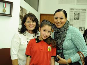 28112016 Norma Rangel de Soule, Roxana Soule y Miss Claudia Aguilar.