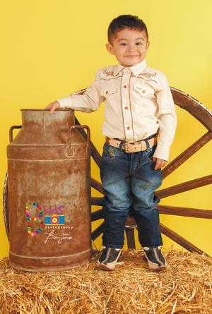 27112016 Adrián Alexis Castro Ochoa celebrando sus tres años de vida. - B Kids Photography by Benjamín Studio