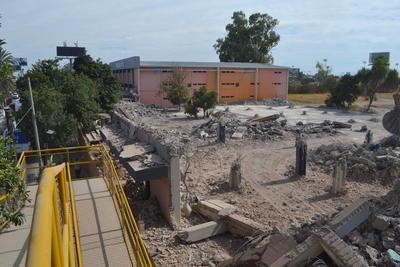 La preparatoria cuenta con nuevas instalaciones ubicadas ahora al oriente de la ciudad.