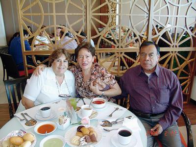 01122016 Silvia, María Cristina y José Alfredo.
