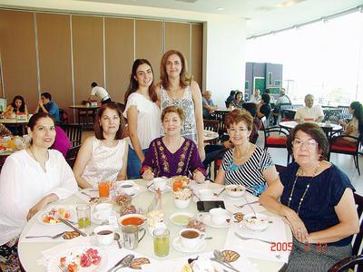 01122016 Lorena, Maritere, Ali, Irene, Blanca Alicia, Maricarmen y Marcela.