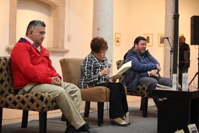 La presentación de la obra estuvo a cargo de los grandes invitados de María Salas.