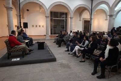 El evento tuvo lugar en el Museo de Historia y Arte 'El Palacio de los Gurza' en donde acudieron amigos y familia de la autora.