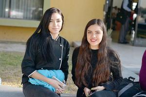 01122016 Paulina y Pamela.