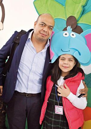 01122016 FERIA CIENTíFICA.  Eulises y María José.