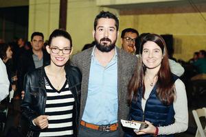 02122016 Lucía, Leopoldo y Marifer.