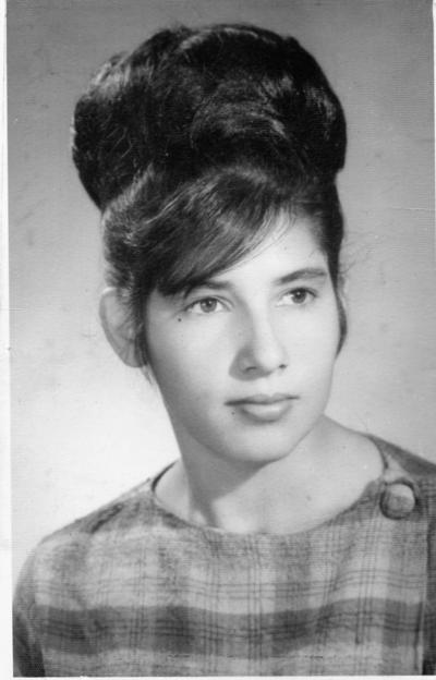 04122016 María Luisa Villagrana Cervantes, hoy de Rodríguez, en una foto de 1967, en Ciudad Lerdo, Dgo., de donde es originaria, quien celebró su cumpleaños hace unos días.