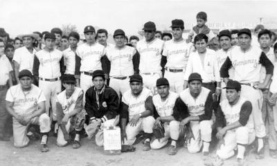 04122016 Alfredo Tello Ortega, Fidencio Díaz, Fernando Álvarez, Lázaro Díaz (f), Fernando Soto, Marcos, Guadalupe Martha Mónico, Juan Rivas y Germán Durán, en la década de los 60.