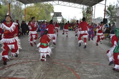 Los danzantes reiteraban la importancia de está tradición llevanto su danzar a diferentes partes de los ejidos de Gómez Palacio.