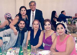 04122016 Fernanda, Arturo, Jonathan, Patricia, Josefina y Pepe.