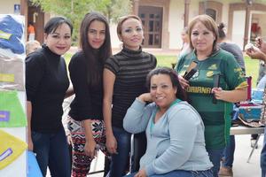05122016 María del Carmen, Santa, Juana, María, Joani, Martha y Gaby.