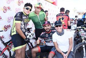 06122016 CICLISTAS.  Emery Hernández, Francisco Tinoco, Arturo Anaya y Violeta Fernández.