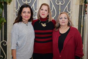 07122016 Karina, Consue e Isa.