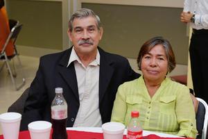 07122016 EN PAREJA.  Salvador y Carmen.
