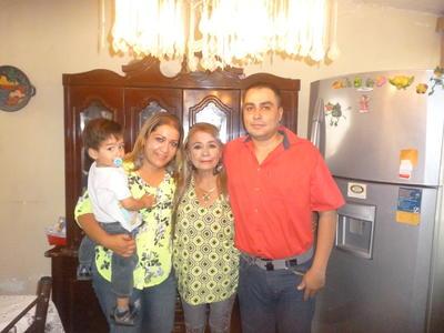 08122016 Familia Quiñones Esparza.