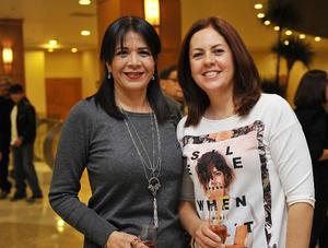 09122016 Elizabeth y Adriana.