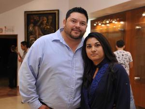 09122016 Omar y Marisol.