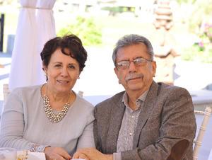 Silvia y Erasmo
