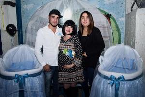 10122016 BABY SHOWER.  Marcela López con Javier y Nohemí.