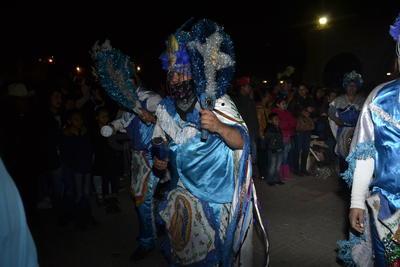 Desde noviembre están activos los integrantes de 180 danzas de distintos barrios y colonias, quienes coronan a la Virgen en sus comunidades y acuden al Santuario de Guadalupe.