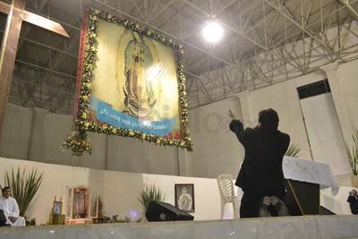 Este día es el de mayor afluencia en el Santuario y hay misas cada hora. Las danzas llegan una tras otra desde distintos puntos.