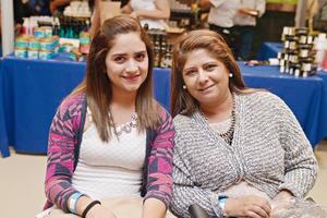 12122016 EN RECIENTE EVENTO.  María Fernanda y Angélica.