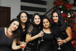 12122016 Marisol, Vero, Raquel, Ale y Martha.