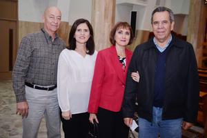 11122016 Gerardo, Astrid, Silvia y Enrique.