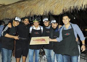 12122016 Daniel, Tito, Héctor, Alejandro, Saulo y El Oso.